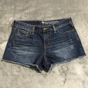 GAP Sexy Boyfriend Shorts!